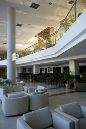 Španělský hotel Sun Palace Albir s lobby
