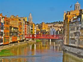 Pohled na město Girona ve Španělsku